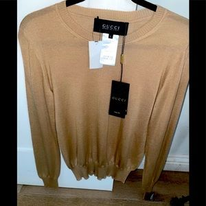 Gorgeous authentic GUCCI silk sweater camel color